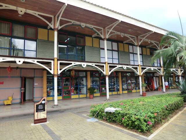 Port Louis, alte Markthallen