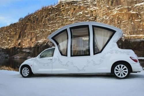 Masina caleasca folosita de rusi la nunti