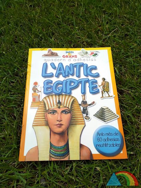 Portada del cuaderno de adhesivos El Antiguo Egipto de editorial Combel