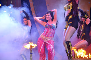 Neha, Yana and Minissha sizzling performance at the launch Lotus Refineriesof