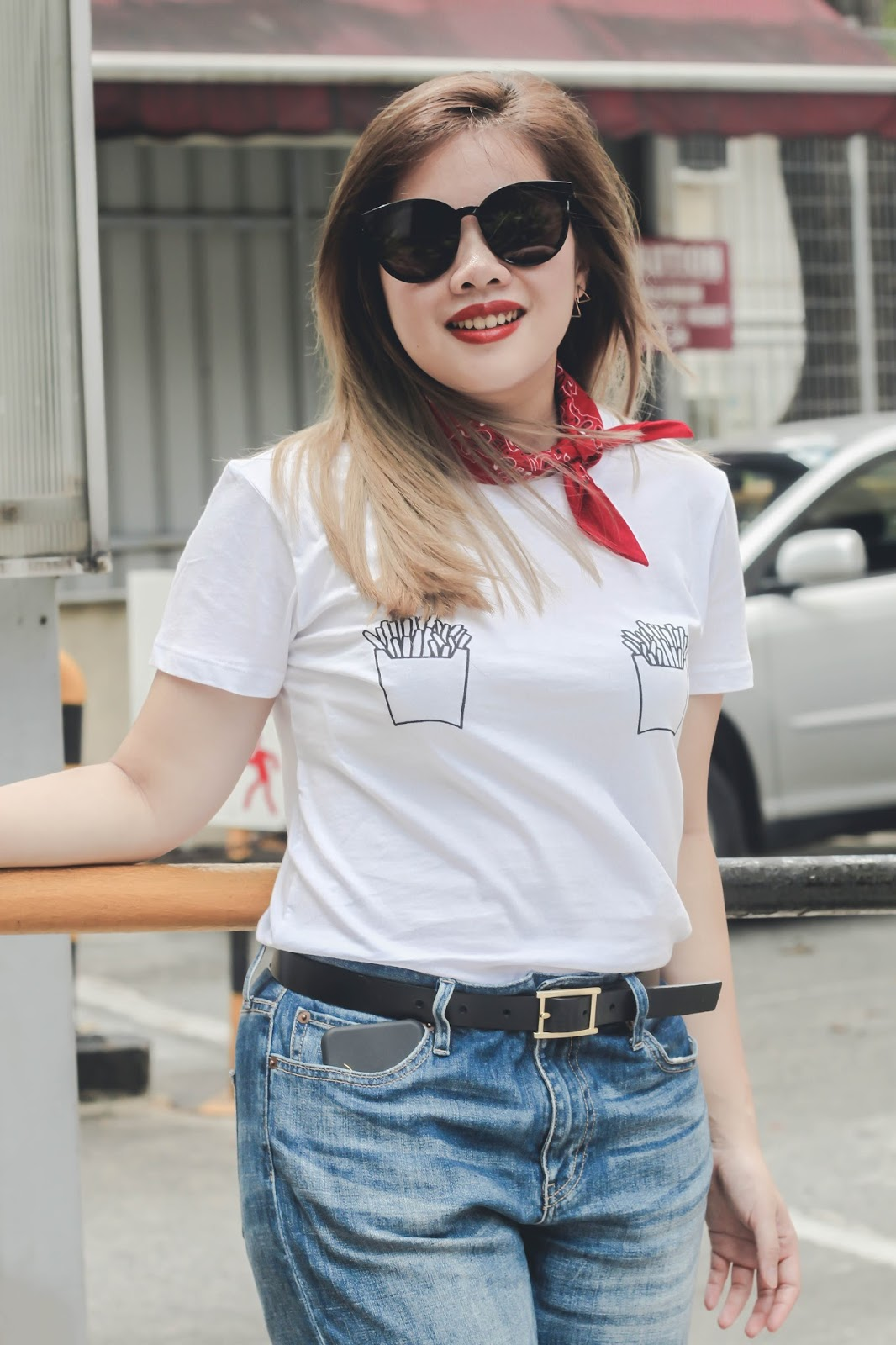 singapore blogger street style look book fashion bandana photography outfit denim tees