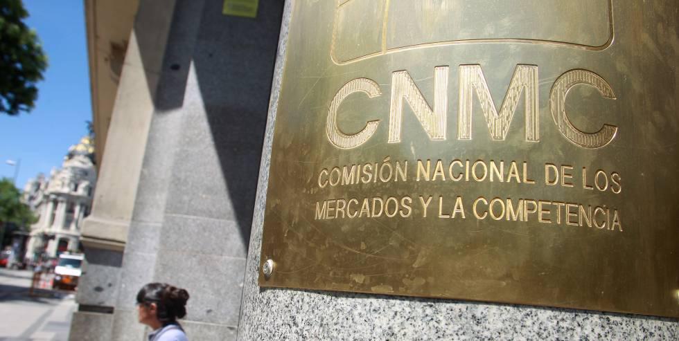 La CNMC sanciona a cuatro empresas de 902
