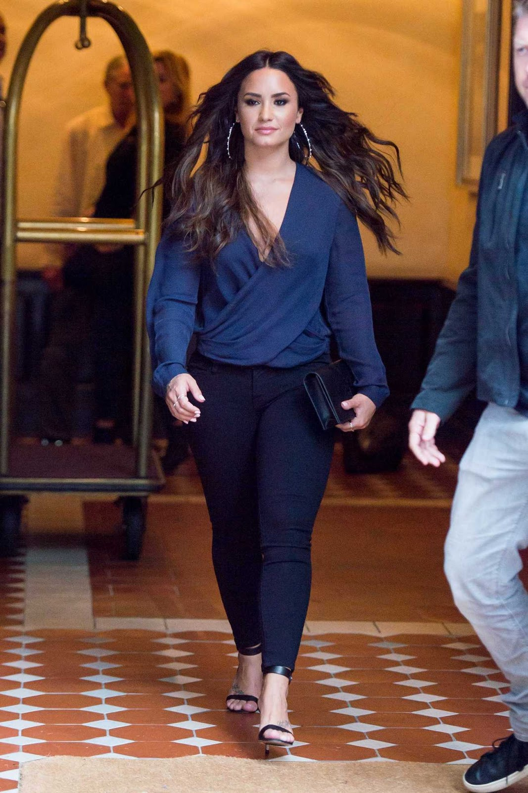 Demi Lovato Goes Braless In Blue Wrap Top Krazy Fashion