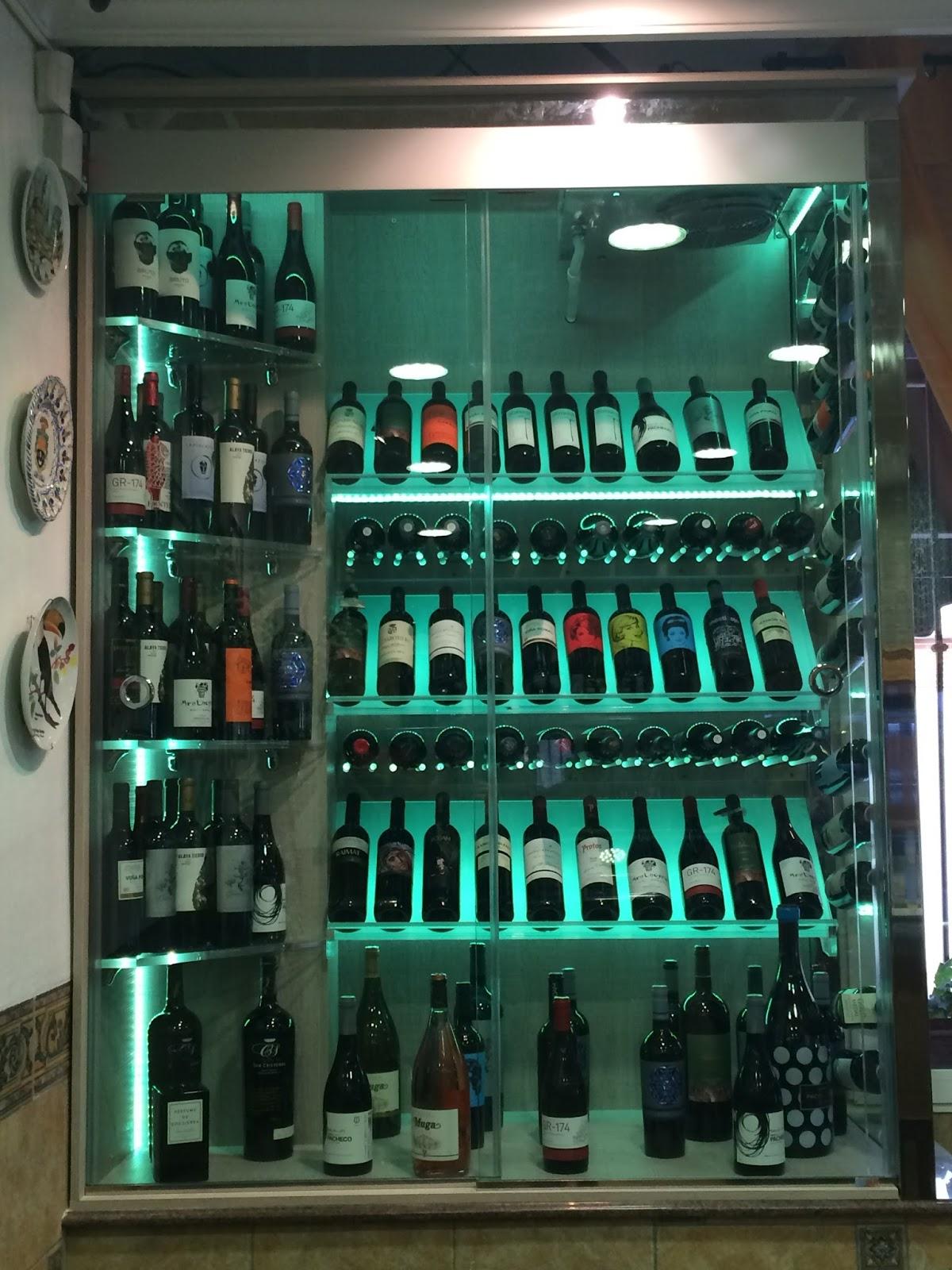 Vic lau creaci n y dise o de cavas bodegas de vino - Diseno de vinotecas ...