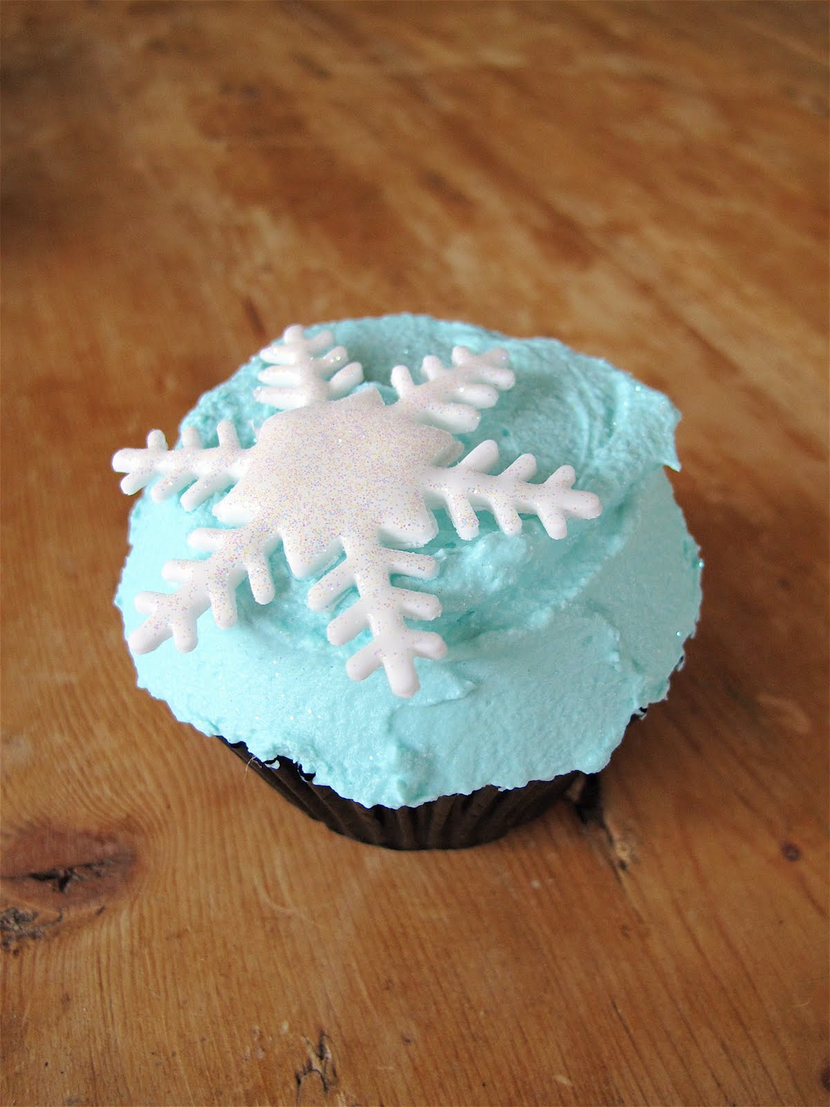 Snowflake Sponge Cake Recipe