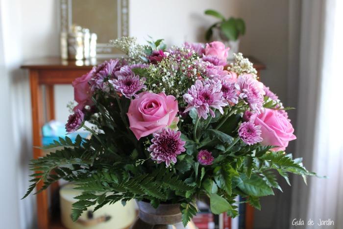 Bouquet de rosas, crisantemos y gerberas