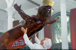 KFC Commercial With Mrs. Butterworth