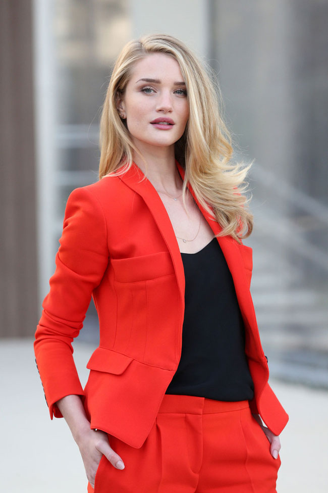 Rosie Huntington Whiteley, Burberry