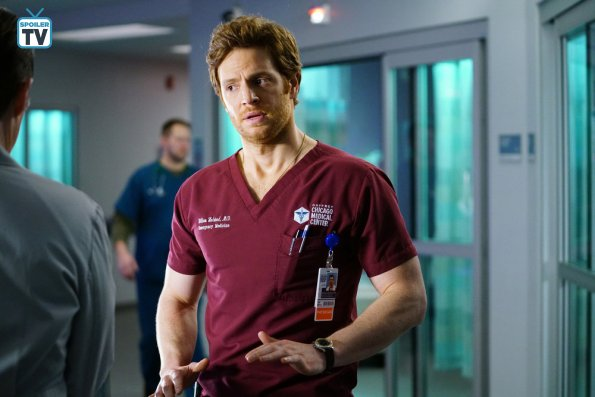 """NUP 185817 0323 595 Spoiler%2BTV%2BTransparent - Chicago Med (S04E14) """"Can't Unring That Bell"""" Episode Preview"""