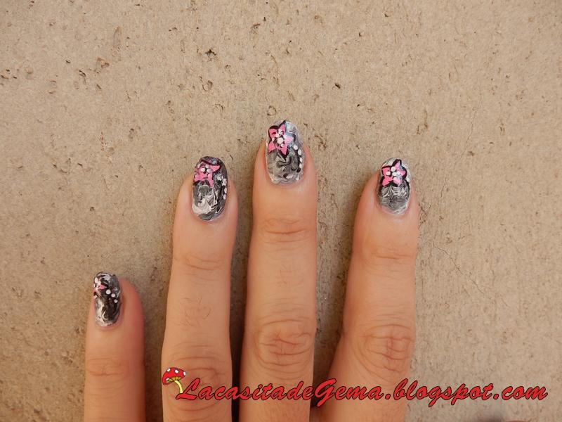 La Casita De Gema Tutorial Uñas Nail Art Nº50 Uñas Grises Flor Rosa