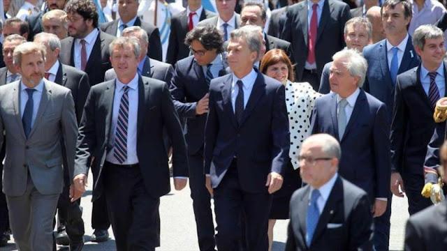 "Macri ""usa la billetera"" para forzar a sus gobernadores a apoyarle"