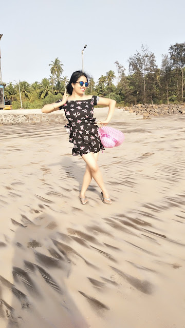 Nikita Gharat Thal Beach, Alibaug