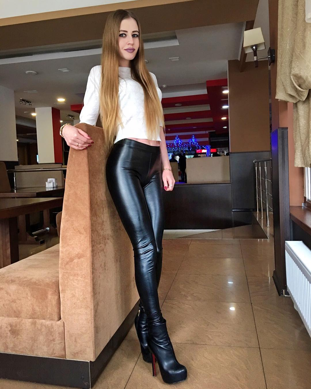 Lovely Ladies In Leather Miscellaneous Leather 44 Tight -3630