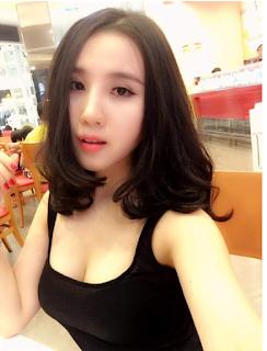 Hot girl Lê Tuyết Vy (Vy kat) show hàng xinhgai.biz
