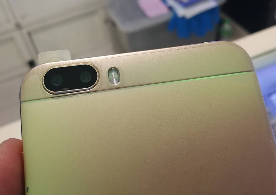 Firefly Mobile Aurii Fusion Dual Rear Cameras