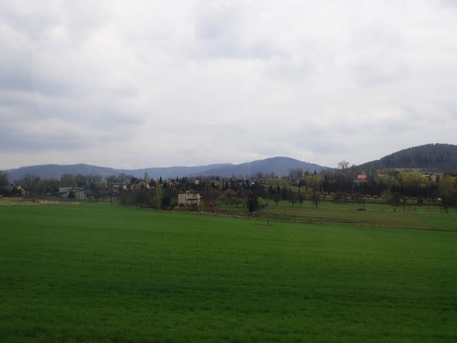 Okolice Skoczowa (?) z autobusu