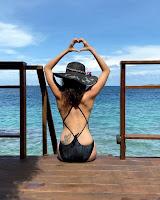 Karishma Tanna Sizzling Beach Photos HeyAndhra.com