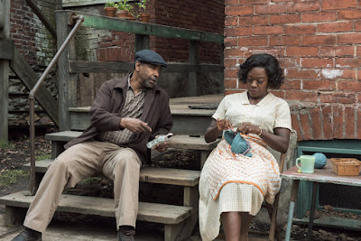 Fences Movie Denzel Washington and Viola Davis Image 6 (21)