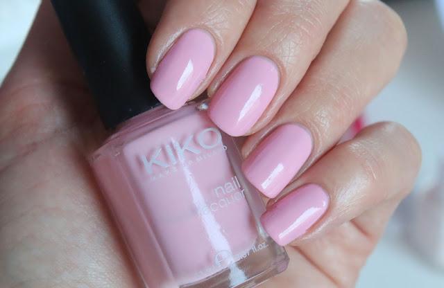 Свотч и обзор розового нежного лака для ногтей на весну