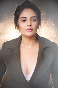 Sree Mukhi Photo Gallery-thumbnail-6