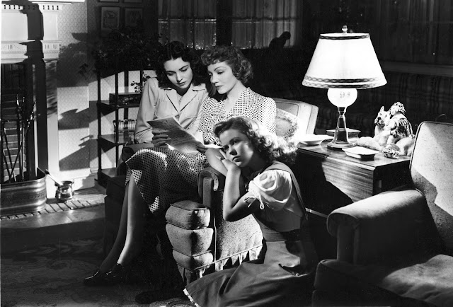 Jennifer Jones, Claudette Colbert, Shirley Temple in Since You Went Away (1944)