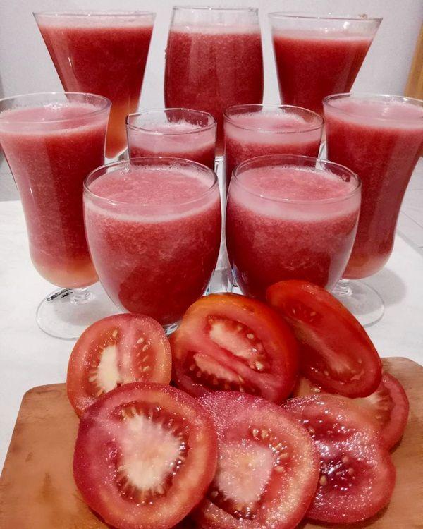 Jus tomat merah bermanfaat antikanker