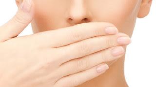 Tips Mencegah Bau Mulut Saat Sedang Berpuasa