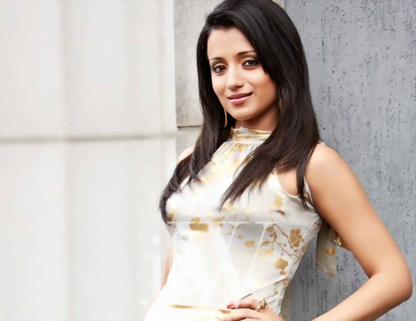 Trisha Krishnan Latest Hot Wallpaper