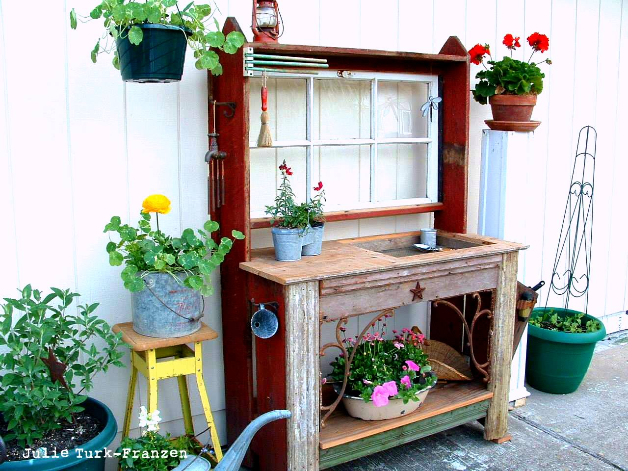 Fabulous I Love That Junk Selectively Salvaged Wood Potting Bench Ibusinesslaw Wood Chair Design Ideas Ibusinesslaworg