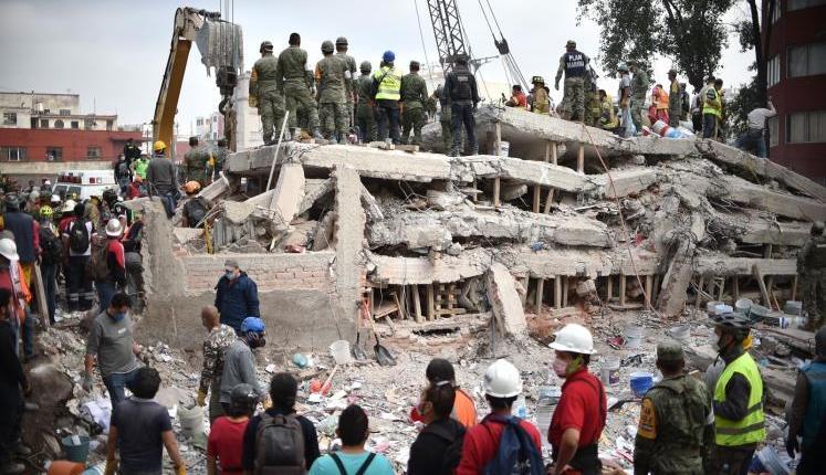 ارتفاع عدد قتلى زلزال المكسيك إلى 307 أشخاص