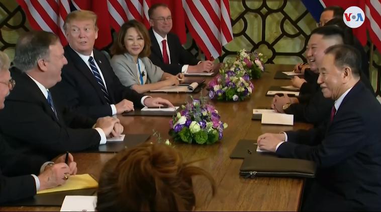 Vietnam fue el sitio para el segundo encuentro entre los dos líderes mundiales / AP / VOA