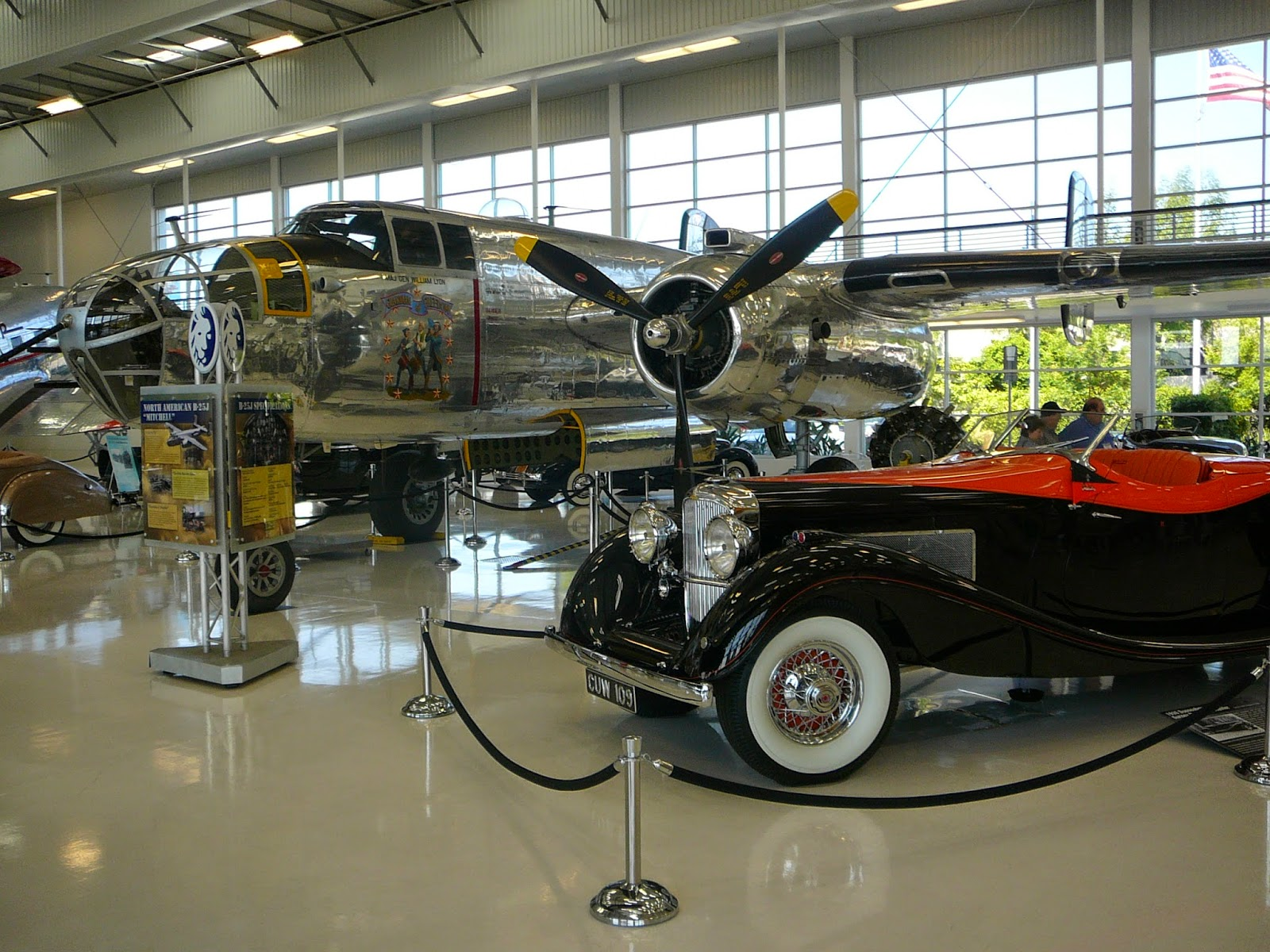 orange county structure little known lyon air museum tucked away by john wayne airport. Black Bedroom Furniture Sets. Home Design Ideas