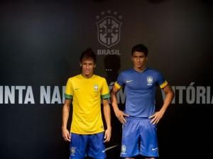 e2375b62b6 Fonte  http   sobreisso.com 2012 02 03 nova-camisa-da-selecao-brasileira- 2012