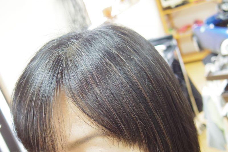 女性白頭髮