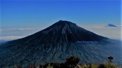 gunung sumbing tertinggi di Indonesia