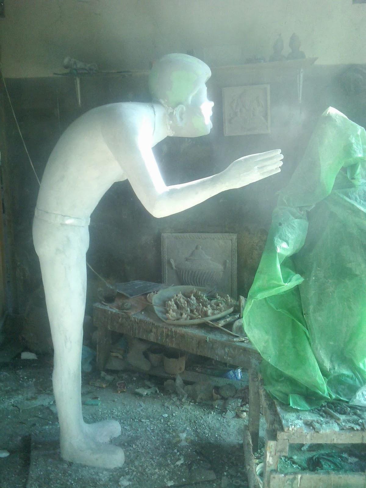 model patung maskot seluruh badan dari tanah liat