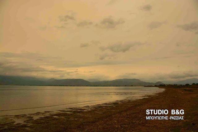 Καιρός: Συννεφιά και σκόνη