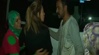 شاهد لحظة إعتداء مجموعة من البلطجية على ريهام سعيد وطاقم التصوير فجأة والسبب غامض