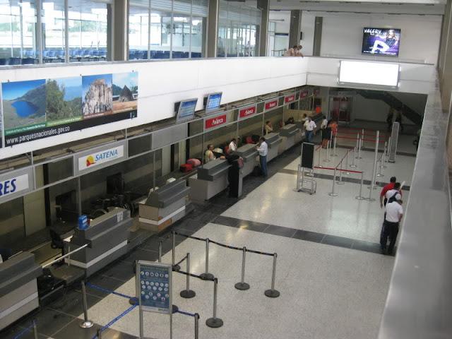 Aeropuerto de Cúcuta no admitirá más venezolanos durmiendo en sus instalaciones