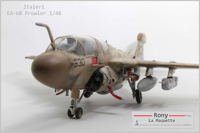 Maquette du EA-6B Prowler d'Italeri au 1/48.