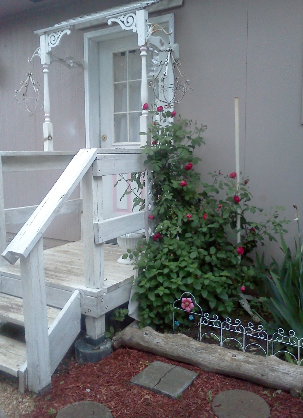 Olivia's Romantic Home: Shabby Chic Garden Project Part II on Chic Patio Ideas id=85813