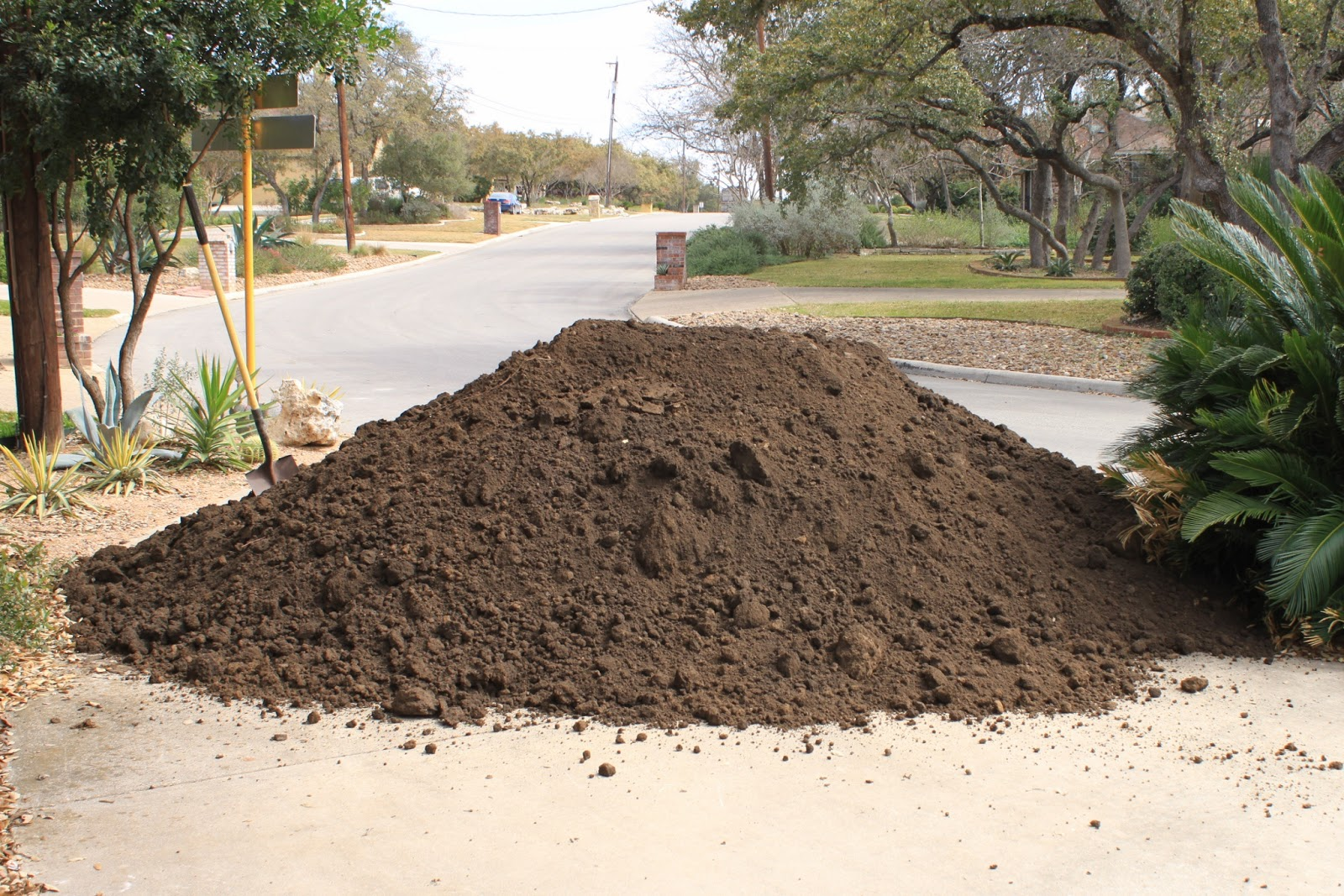 Ton Of Topsoil >> Rock Oak Deer Sixteen Tons And What Did We Get Topsoil