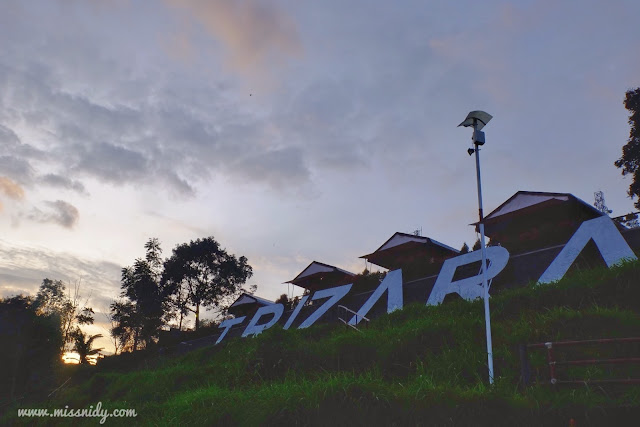 sunrise di trizara resorts lembang