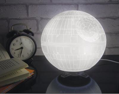 Regalos de Reyes online lámpara Star Wars Estrella de la Muerte Amazon