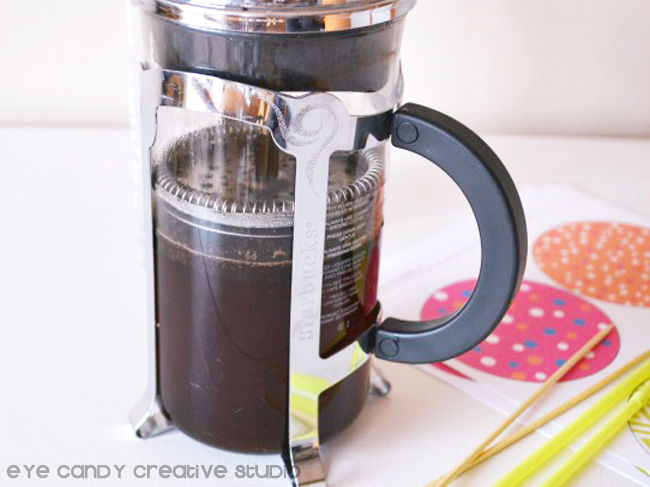 coffee brewed for iced coffee, free drink umbrellas, how to make iced coffee