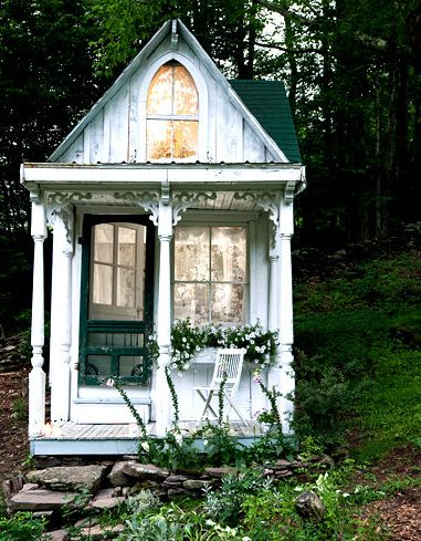 A Beautiful Victorian Cottage In The Woods