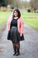 http://letilor.blogspot.be/2014/01/tenue-leather-look-skater-skirt.html