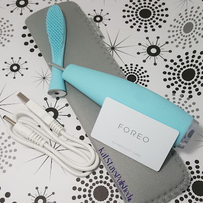 ISSA by FOREO Toothbrush | Kat Stays Polished