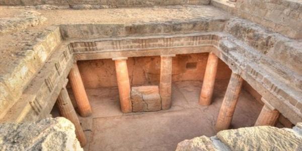 Σπουδαία αρχαιολογική αποκάλυψη στην Πάφο – Ταυτοποιήθηκε το μαυσωλείο του Πτολεμαίου Ευπάτορα