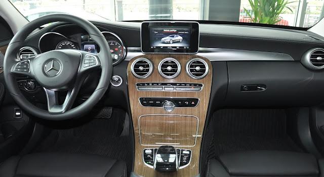 Mercedes C250 Exclusive 2018 sử dụng Hệ thống giải trí và các tiện ích tiên tiến nhất